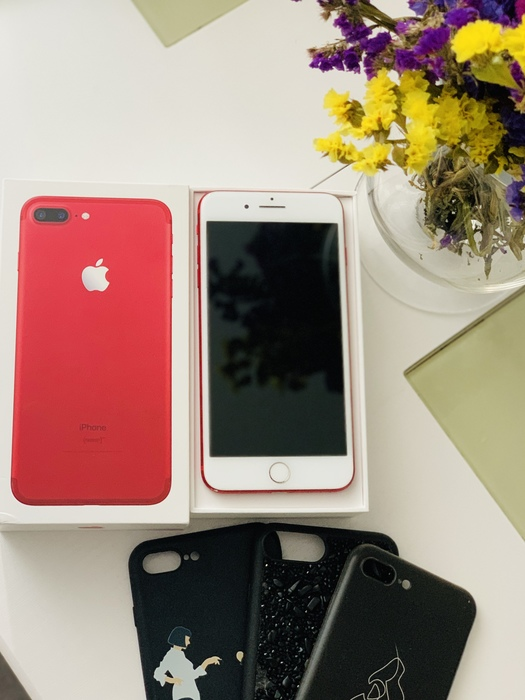 iPhone 7+ Red Київ